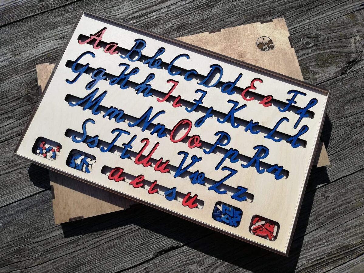 """Kustīgais alfabēts """"Lielie un mazie rakstītie burti"""""""