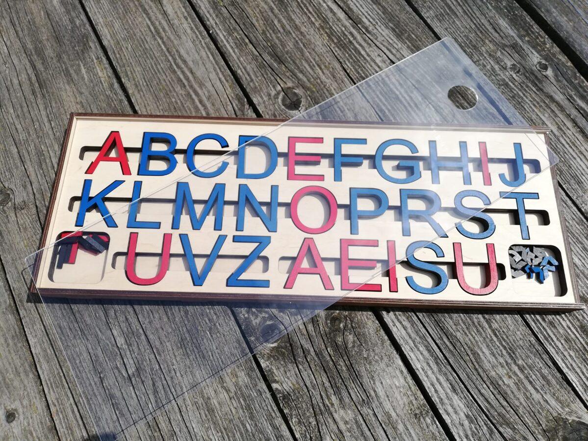 """Kustīgais alfabēts """"Lielie drukātie burti"""""""