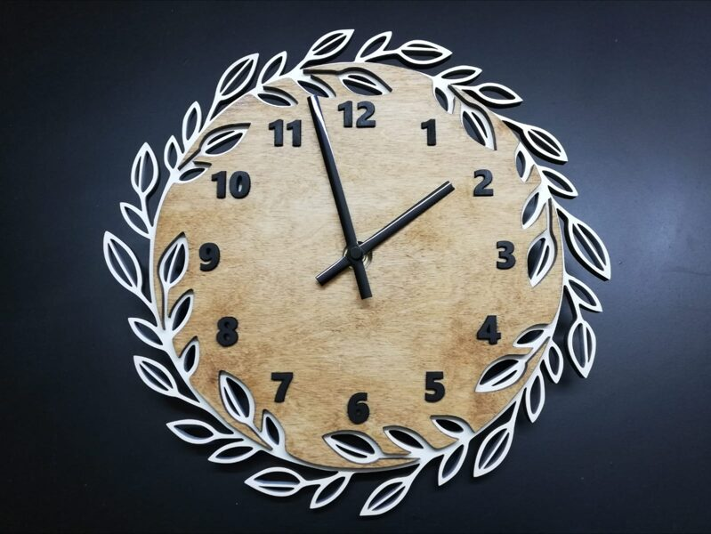 Koka pulkstenis #5
